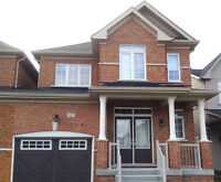 (Barrie) 3 Bedroom Link Home at Pearcy Cres