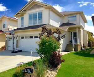 Gorgeous 3 bedroom home with triple car garage! NW Edmonton
