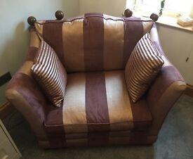 Snuggle Chair & Storage pouffe