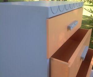 Vintage kid's or baby's dresser, all wood Cambridge Kitchener Area image 6