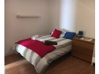 Ground floor Large Studio apartment for shortl let Daily , weekly and monthly offerd