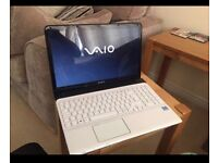 "SONY VAIO E Series SVE1512B1EW 15.5"" 750Gb HD 4GB Ram Intel Core i3 Laptop White"