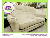 SALE NOW ON!! - Gorgeous 2 Seater Sofa - Can Deliver For £19