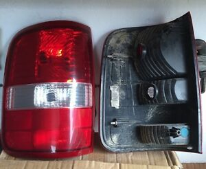 2005 Ford F-150 taillights