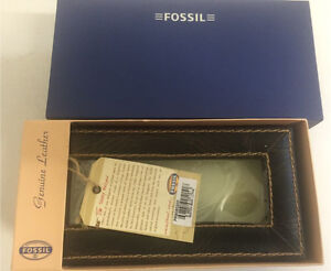 Fossil Leather Watch Box West Island Greater Montréal image 1