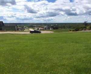 Large View lot in Beaverlodge, Alberta