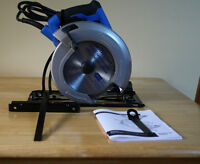 Mastercraft 14 Amp Circular Saw with LED Mint, Used Once Only Lo