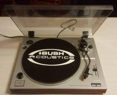 BUSH ACOUSTIC TURNTABLE/RECORD PLAYER/AUX