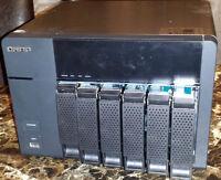 Qnap TS-669L - Serveur NAS 6 disques réseau USB 3.0 XBMC HDMI