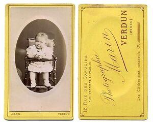 CDV Bébé fille dans chaise bébé en bois Réf 56