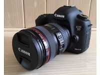 Canon EOS 5D Mark III with Accessories — amazing bumper pack!