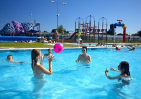SEAWICK HOLIDAY PARK, ESSEX 8 BIRTH 3 BED CARAVAN OCTOBER HALF TERM £199