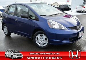 2014 Honda Fit DX-A Air Conditioning, Power Windows !!