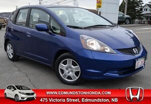 2014 Honda Fit LX Bluetooth, A/C, Power Windows !!