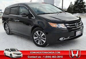 2014 Honda Odyssey Touring Navigation, DVD, Leather Interior !!