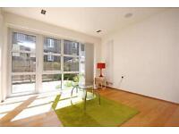 3 bedroom flat in Elizabeth Mews, Kay Street, London, E2