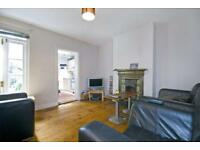 3 bedroom flat in Tooting Bec Road