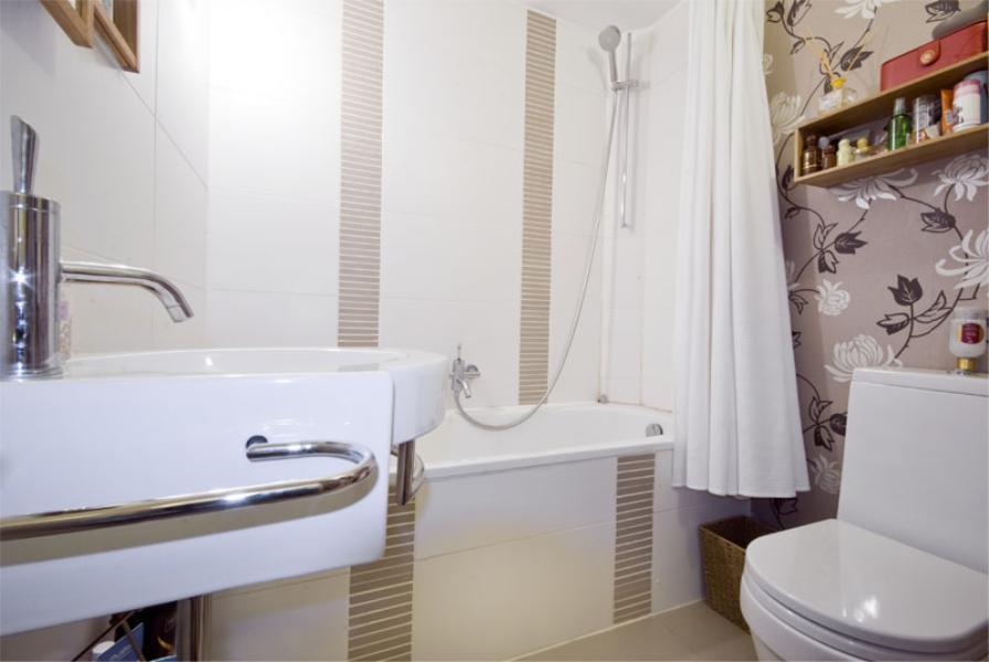 Huge 3 bedroom house near station, amazing finishing, only £550pw!