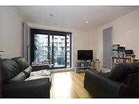 2 bedroom flat in Millharbour, London, E14