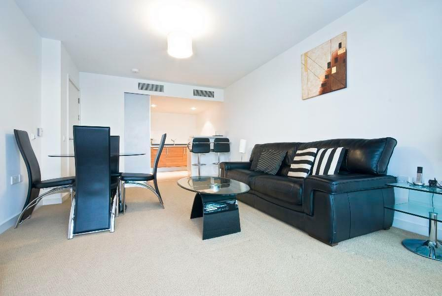 1 Bed Apartment in Falcon Wharf Battersea