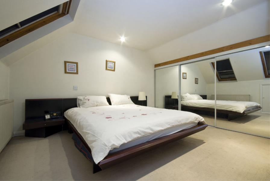 4 bedroom house in Rusham Road, Clapham, SW12