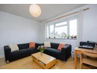 3 bedroom flat in Holmbury Court, London, SW17
