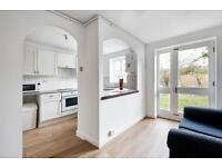 4 bedroom house in Barnsdale Avenue, Canary Wharf, E14