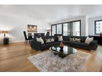 3 bedroom flat in Discovery Dock East, Canary Wharf, E14