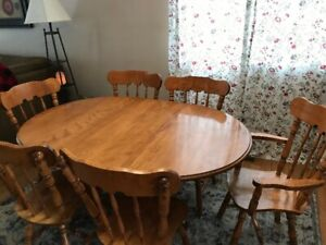 Buy Or Sell Dining Table Sets In Edmonton Furniture Kijiji Rh Ca