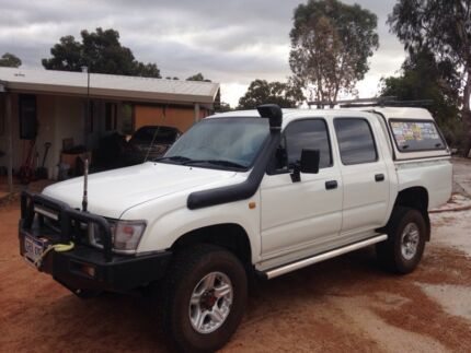 Toyota hilux user manual ebook 2011 toyota hilux tgn16r workmate white manual cab chassis array 98 hilux 4x4 workshop manual ebook rh 98 hilux 4x4 workshop manual ebook mollysmenu fandeluxe Choice Image