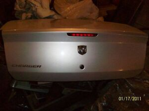2006---2010  DODGE  CHARGER  TRUNK  LID  IN  NEW  COND