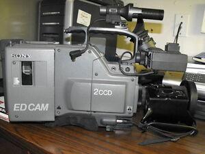 sony 2ccd Beta shoulder cam Windsor Region Ontario image 3