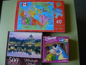 Toys for sale: Checkers, Etch S Sketch, craft kits and more London Ontario image 4