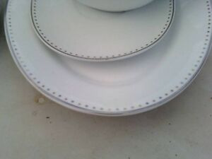 DISHES SETTING FOR 4 new price Belleville Belleville Area image 2