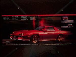 1983 Camaro dealer showroom catalog