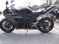 PARTING OUT 2005 YAMAHA R1 WITH 5500MI