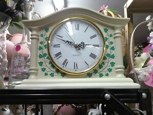 BEAUTIFUL BATTERY WHITE CLOCK