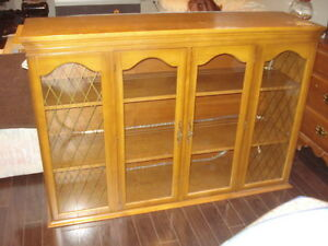 WOOD GLASS DISH OR DISPLAY CABINET / TOP HUTCH / BAR / ANTIQUE