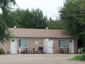 For Rent-Weekly Cabin rentals at Regina Beach, Sk