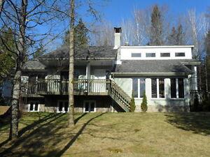 House for Sale / Maison à vendre St-Aimé-du-Lac des-Iles, Québec Gatineau Ottawa / Gatineau Area image 2