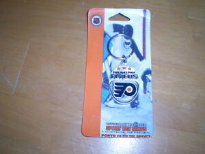 PHILADELPHIA FLYERS PEWTER KEY CHAIN Windsor Region Ontario image 1