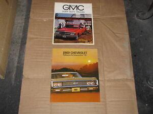 1969 GMC Pick Up truck Brochure.