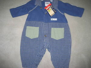 BRAND NEW - BABY BOY OUTFIT - 6 MOS