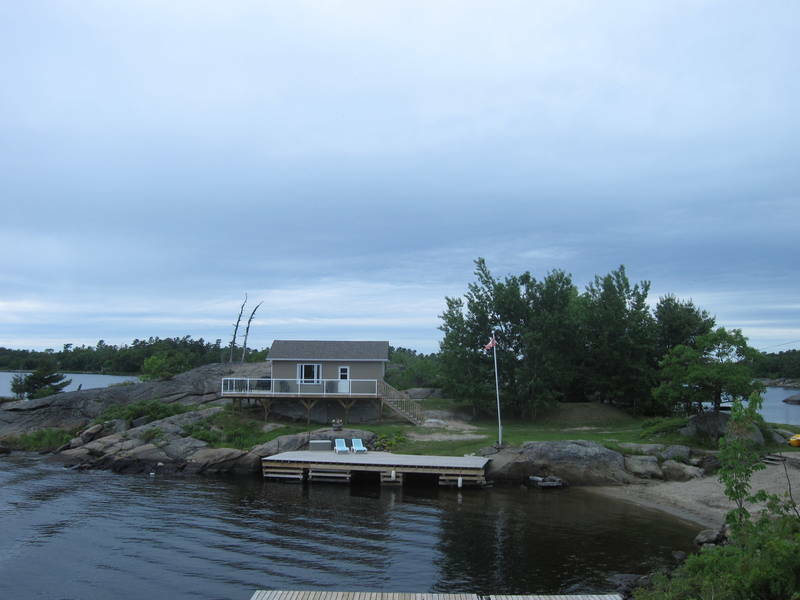 Cottage for rent in pointe au baril on georgian bay for Georgian bay cabin rentals