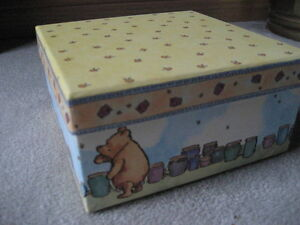 BRAND NEW Classic Winnie the Pooh Decorative Box