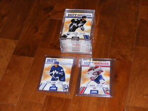 Série complete de 50 cartes de hockey Score Hot Rookies SP 2010-