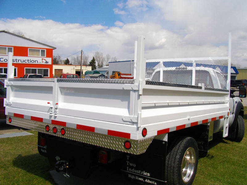 Truck Beds For Sale >> Custom truck bodies, truck decks, flatbed, flat deck, truck beds | Heavy Equipment | Calgary ...