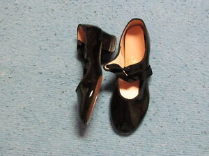 NEW, Girls, Black Capezio Tap Shoes