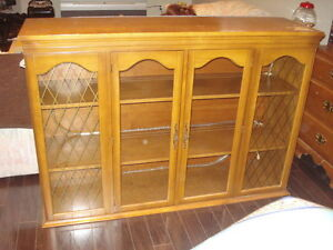 WOOD GLASS DISH OR DISPLAY CABINET / TOP HUTCH / BAR / ANTIQUE West Island Greater Montréal image 2