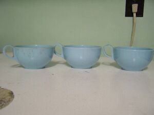 Set of 3 Vintage Melmac Cups